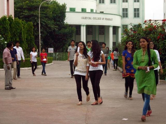 MP government's plan to impose a dress code for colleges has drawn mixed responses from students.(HT file photo)