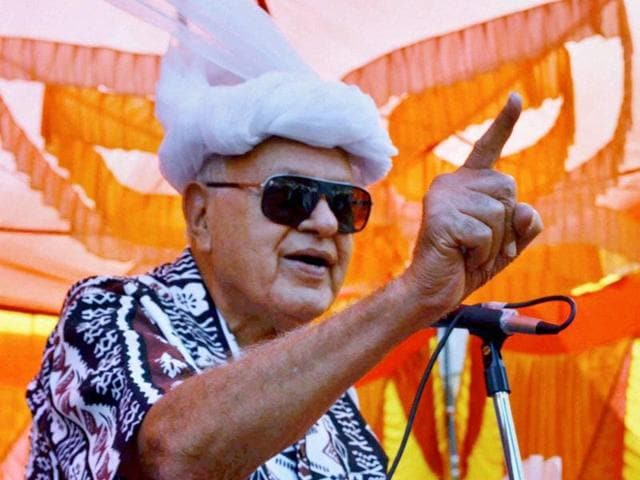 Jammu and Kashmir National Conference President Farooq Abdullah addressing a public rally in Mendhar, Poonch.