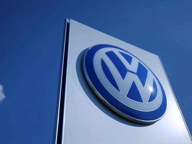 Volkswagen,Volkswagen emissions scandal,Defeat device