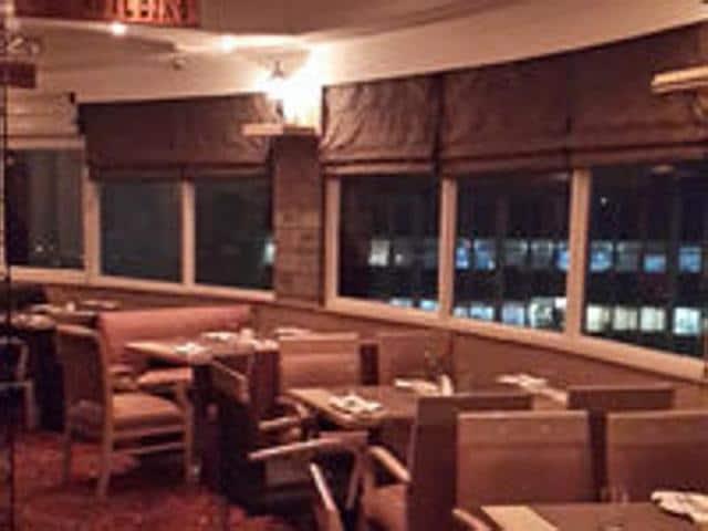 Revolving restaurant