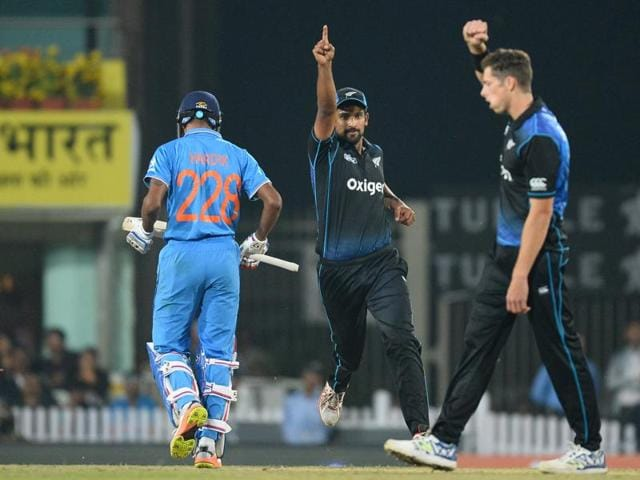 India suffered their first loss in Ranchi, with MS Dhoni and Virat Kohli both failing to contribute.