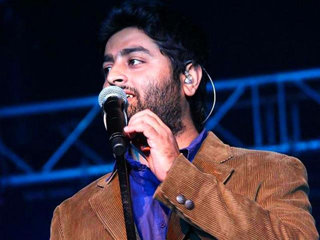 Arijit Singh took to Facebook to vent his anger against Wajah Tum Ho composer Abhijit Vaghani.