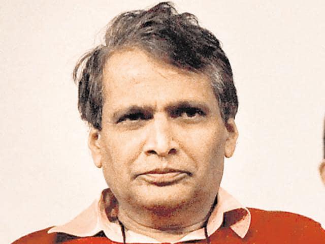 Railway minister Suresh Prabhu(Pratham Gokhale/ Hindustan Times)