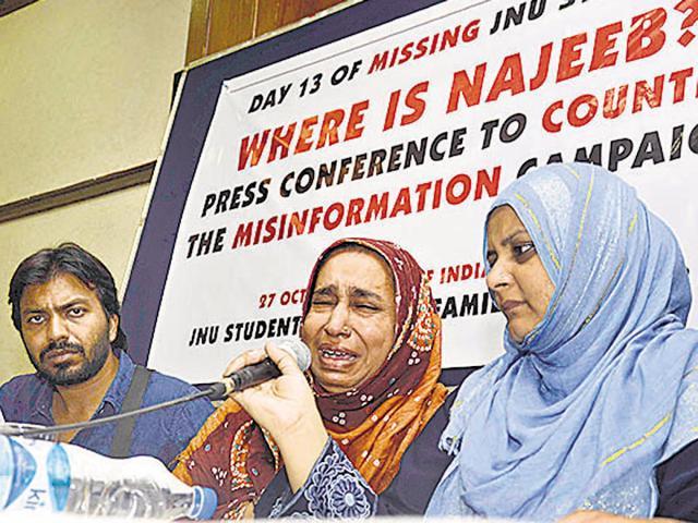Najeeb Ahmad's mother Fatima Nafees and sister Sadaf Musharraf at Press Club of India in New Delhi on Thursday.