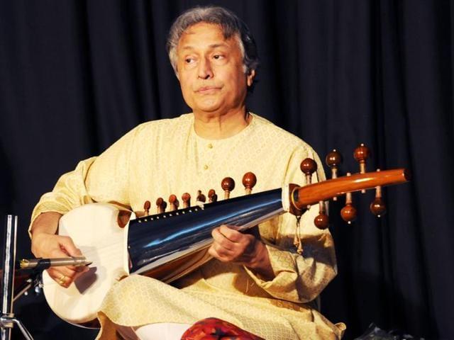 Ustad Amjad Ali Khan,Sarod player Ustad Amajd Ali Khan,Lata Mangeshkar