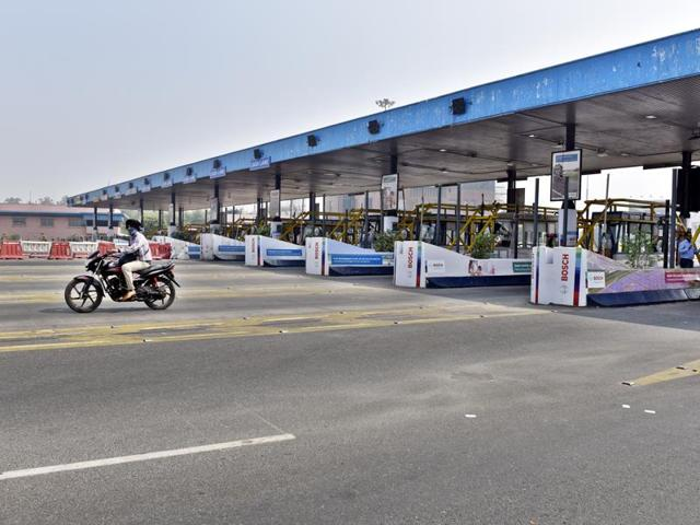 The DND toll plaza was made toll free after the Allahabad high court order, in New Delhi.