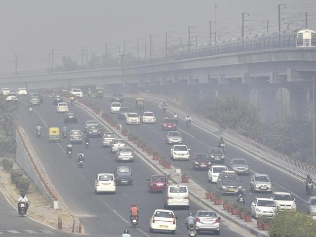 AAP government will install giant outdoor air purifiers at five highly polluted locations in Delhi.