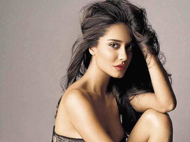 Lisa Haydon,Dino Lalvani,Marriage