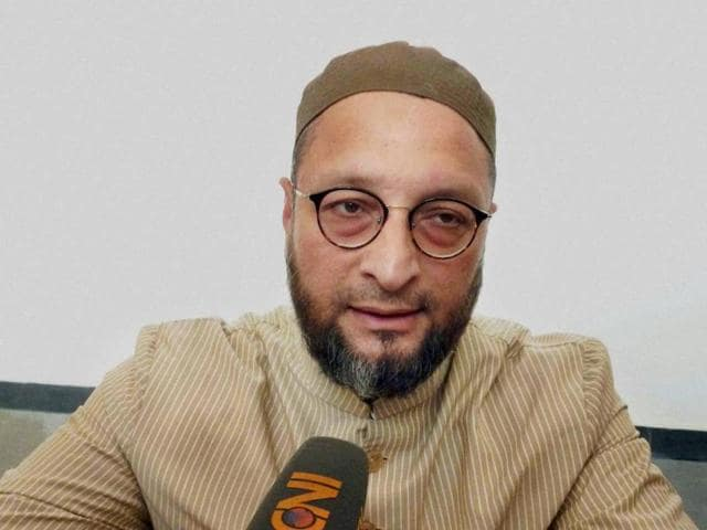 """AIMIM President Asaduddin Owaisi He termed the entire incident of escape of the alleged activists of Students Islamic Movement of India (SIMI) from jail and their subsequent killings in encounter as """"very surprising"""" and """"shocking""""."""