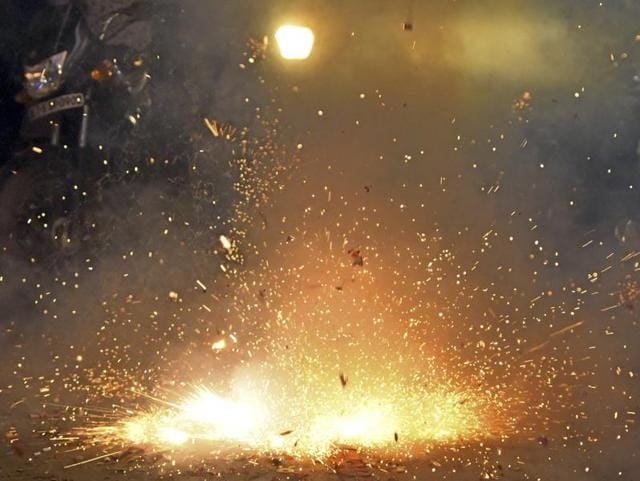 Diwali,Fire incidents in Delhi,Fire incidents due to crackers