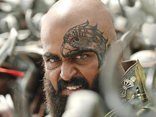 Kaashmora review: This Karthi film is a crushing