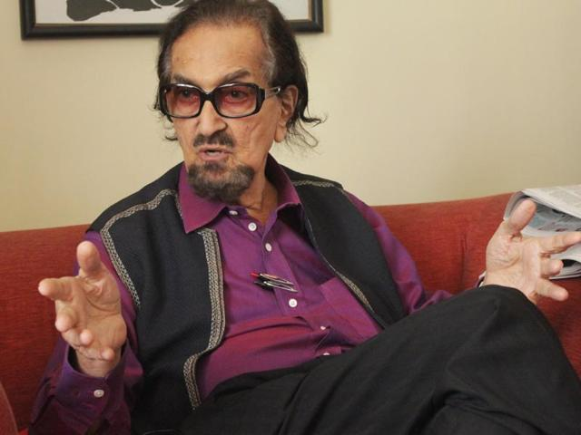 Alyque Padamsee talks about how the youth today doesn't shy away from talking about sex.