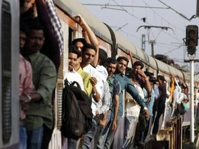 Mumbai trains,Mumbai local,Harbour line