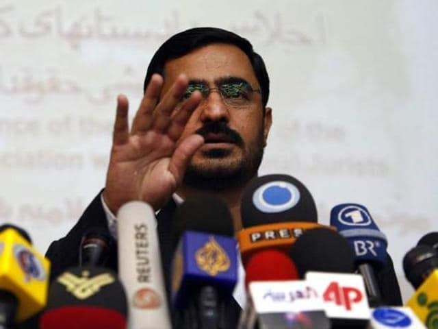 Mortazavi was sentenced to 70 lashes for misappropriation of public goods and 65 lashes for negligence and waste of public goods.