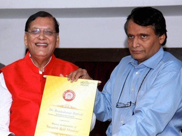 Sulabh International,Bindeshwar Pathak,Swachh Rail Mission.