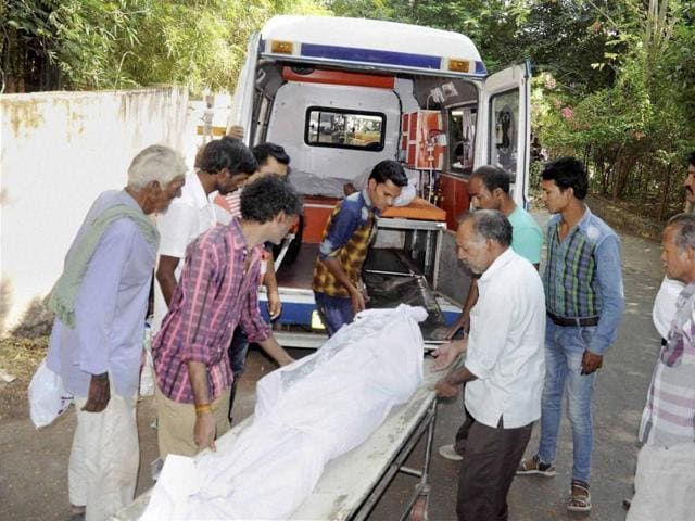 Bodies of SIMI operatives who were killed in an encounter after they escaped from Central Jail, being handed over to their relatives and family members after post-mortem in Bhopal on Tuesday.