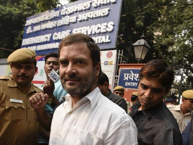 Congress vice-president Rahul Gandhi was not allowed to enter RML Hospital in New Delhi on Wednesday when he went to meet the kin of ex-serviceman Ram Kishan Grewal, who committed suicide over the issue of OROP.(Sonu Mehta/HT Photo)