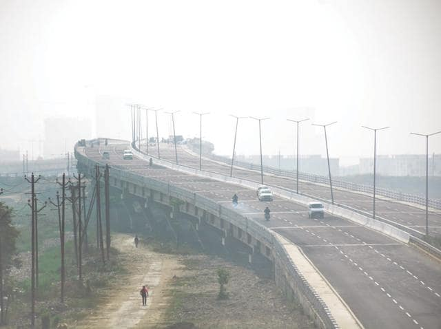 Met department officials said the visibility was around 300-400 metres.