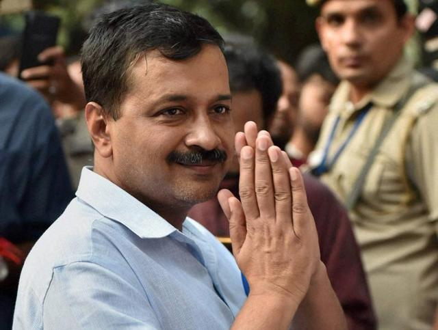 Delhi chief minister Arvind Kejriwal at Lady Harding Hospital after he was stopped at the hospital to meet the family of Subedar Grewal who allegedly committed suicide over OROP.
