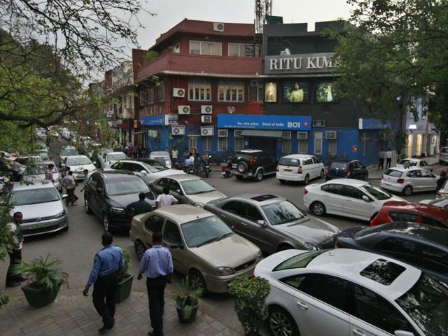 Delhi traffic,Connaught Place,Khan Market