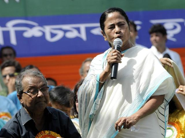 After the landslide electoral victory in May and the supreme court directing the government to return Singur land to farmers, Mamata Banerjee is enjoying the pinnacle of her popularity. She is now ready to take her fight against the Centre on intolerance issue to the streets.