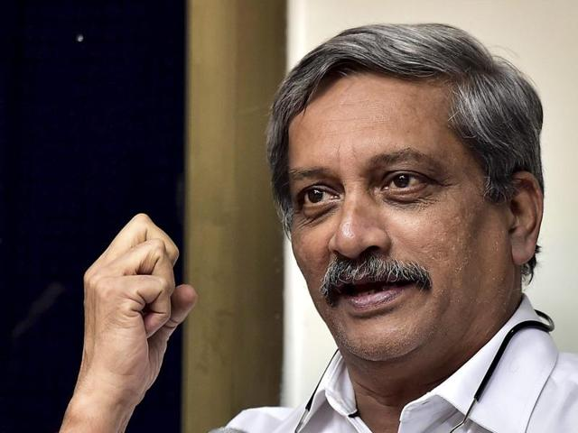 Parrikar is on a visit to Kashmir to review the preparedness of troops in the wake of repeated ceasefire violations by Pakistan.