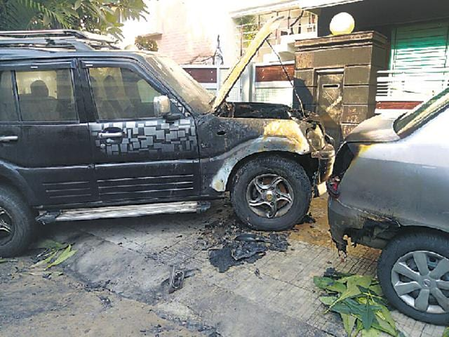 The Mahindra Scorpio of Kanwar Vinod that was set ablaze in Sector 21 in the wee hours of Thursday.
