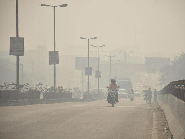 """Faced with """"severe"""" air pollution problem in Delhi, Union environment secretary A N Jha held a review meeting with secretaries of NCR states."""