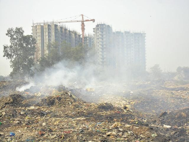 NGT,burning waste,pollution Ghaziabad