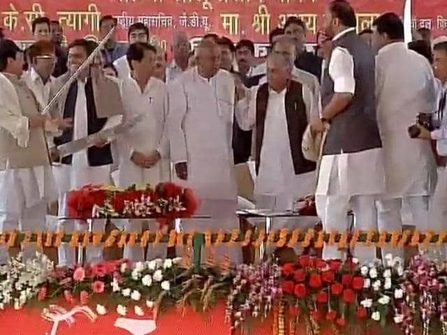 UP chief minister Akhilesh Yadav and his uncle Shivpal Yadav took swipes at each other on Saturday at an event to celebrate the Samajwadi Party's silver jubilee.