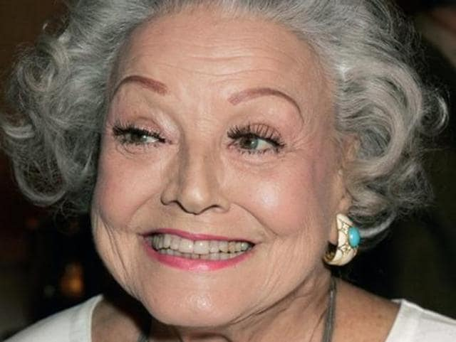 A 2006 file photo of Kay Starr, known for hits like So Tired, Hoop De Doo, Bonaparte's Retreat, Rock n' Roll Waltz, and Wheel of Fortune.