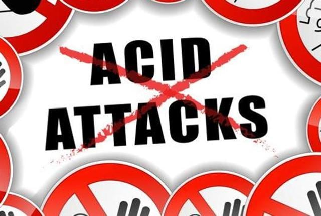 acid attack,motorcycle-borne,youths