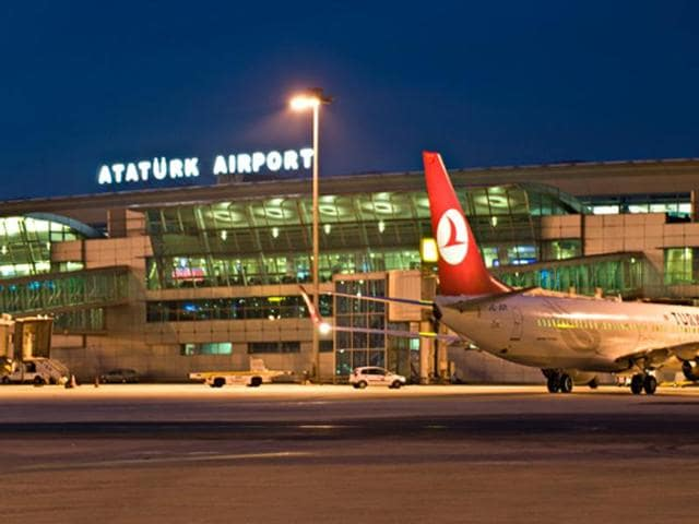 Turkish authorities briefly barred cars from entering and leaving Istanbul's main Ataturk airport on Sunday.