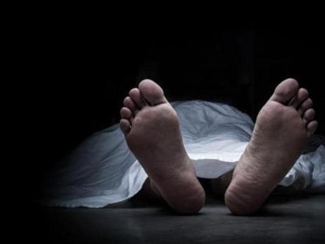 The police sent the body to Panvel rural hospital for post mortem.