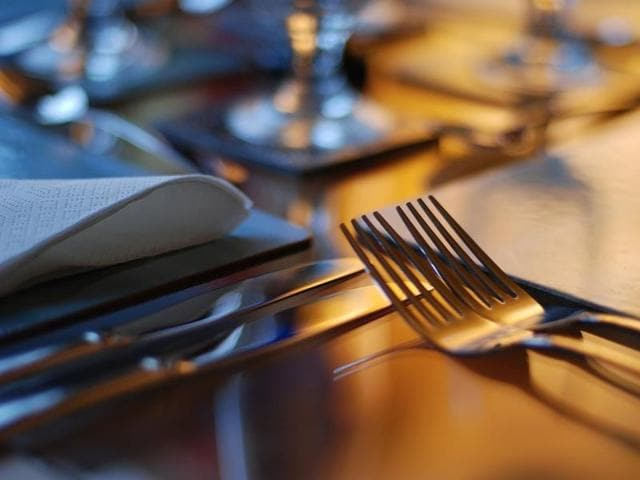 A new study found that a strategy called meal-timing reduced swings in hunger which altered fat and carbohydrate burning patterns.