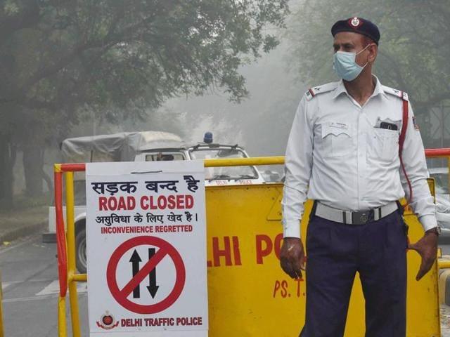 PWD,sprinkle water,Delhi