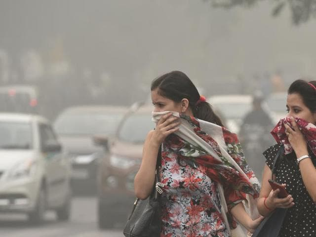 Delhi chief minister Arvind Kejriwal, at an emergency cabinet meeting on Sunday to discuss Delhi's air pollution crisis, requested companies to encourage work-from-home, but human resource professionals said the proposition may not be implementable.