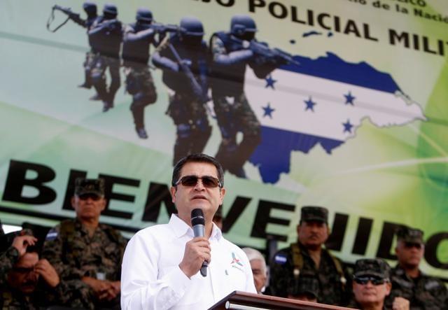 Honduran President Juan Orlando Hernandez said Sunday he will seek re-election in 2017.
