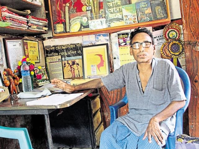 Yasin Pathan started his drive in the 1970s with an aim to protect the 18th century temples in West Bengal's Pathra village.
