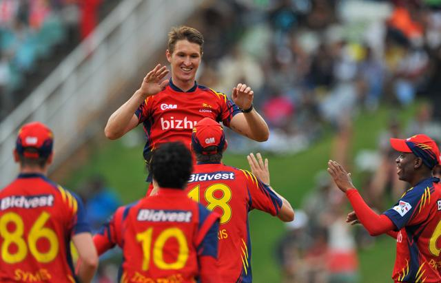 Dwayne Pretorius will replace Dale Steyn, who will be out of action for six months due to an injured shoulder.
