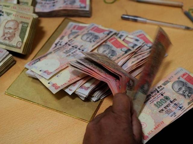Rs 500 and Rs 1000 notes scrapped