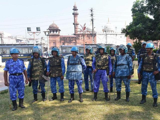 curb on movement of SIMI men,jail manual,Bhopal Central Jail