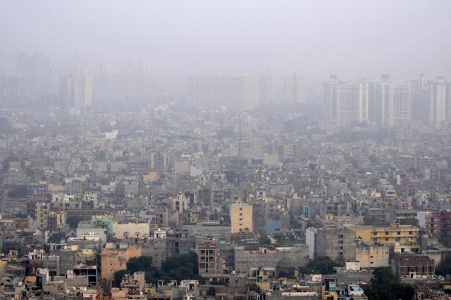 noida,air pollution,Delhi smog