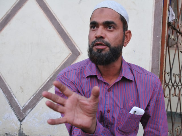 Mohammed Khalil who was imprisoned in Bhopal jail from where SIMI activists allegedly escaped and were killed in encounter, in Khandwa on Tuesday.