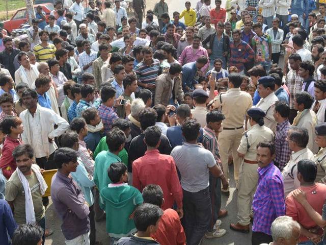 Khargone,Raisen,farmers protest