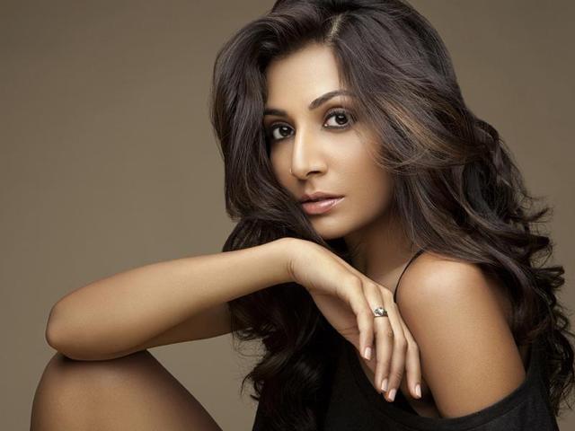 Singer Monica Dogra