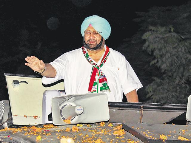 Captain Amarinder during Kisan Yatra in Bathinda. Supreme Court rejecting the validity of the Punjab Termination of Agreements Act has stirred up turbulence in political waters of Punjab that is set to resonate during the poll campaign