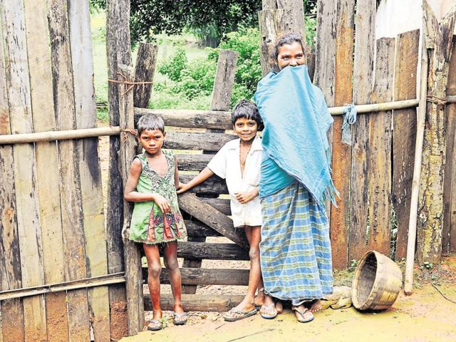 An analysis by Down To Earth magazine says the government is to blame for stunted growth among tribal kids as it has blocked access of tribals to forests.