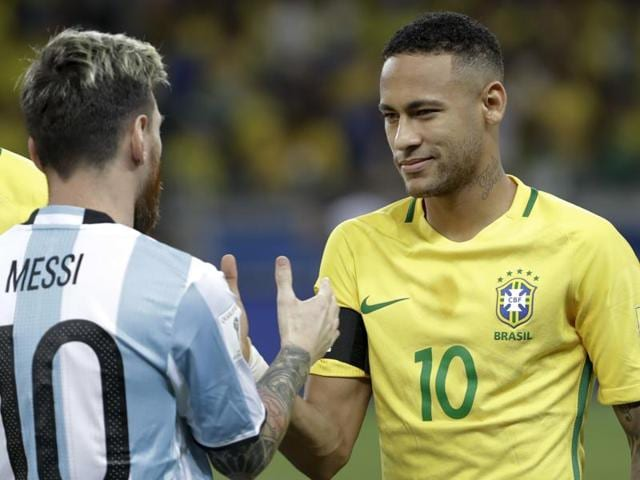 Brazil's Neymar celebrates after scoring his side's second goal against Argentina during a 2018 World Cup qualifying soccer match at the Estadio Mineirao in Belo Horizonte, Brazil, Thursday Nov. 10, 2016.(AP Photo/Leo Correa)