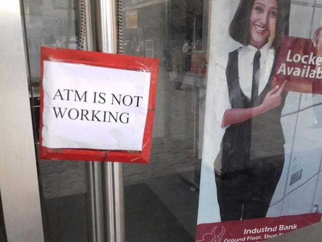 Many ATMs in big cities continue to be out of service as agencies said they were racing against time to keep filling up 220,000 ATMs with just 8,800 currency vans and a manpower of 35,000 people.